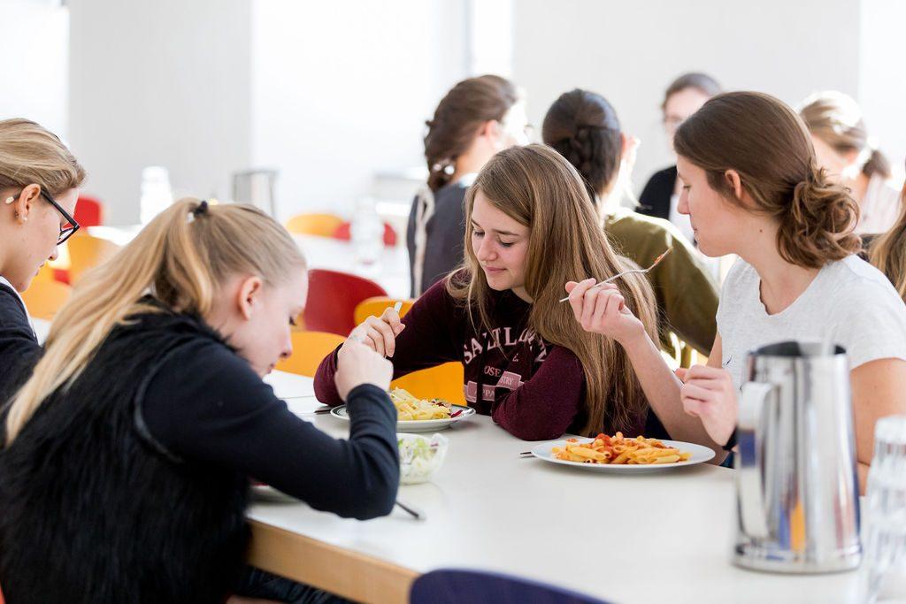 Stiftsschule Einsiedeln | Gymnasium mit Internat | Internatskonzept